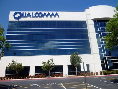 Qualcomm updates network patents to ease tensions with Apple