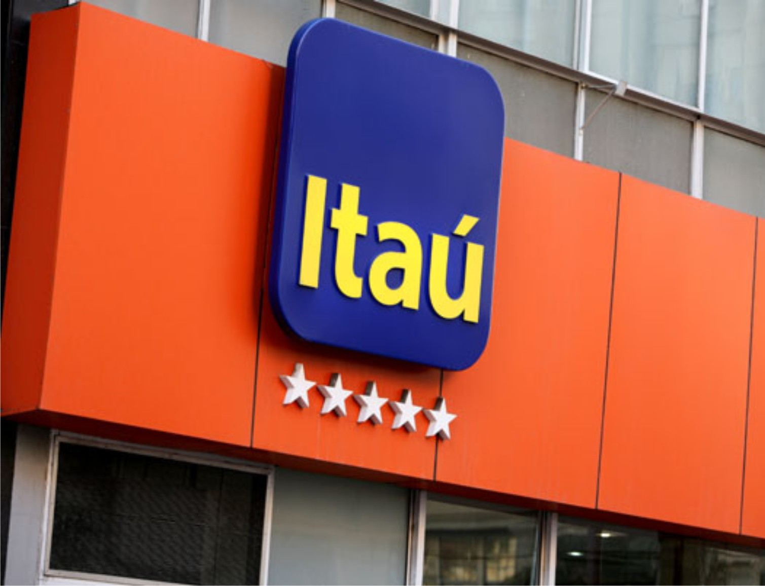 Itau unibanco holding sa adr financial trends for Banco itau